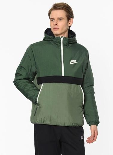 Nike Mont Yeşil